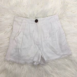 Minkpink White Pleated Shorts Raw Edge Hem Fringe